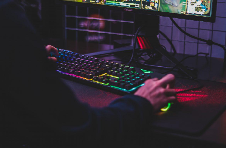 Najpopularniejsze platformy dystrybucji cyfrowej – skąd brać gry na PC?